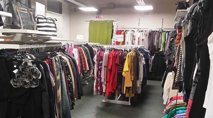 Jak wykreować doskonały sklep z odzieżą używaną